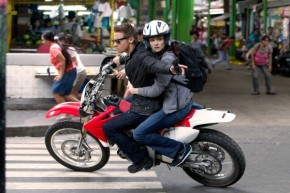 jeremy-renner-the-bourne-legacy-movie-600x400